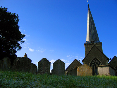 Graveyard and church, St Peter and St Paul, Godalming